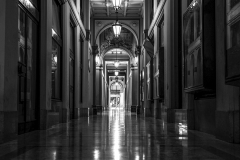 48_Bologna-Black-White
