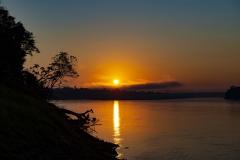 Rio Madre De Dios Sunset Landscape Amazonas Perù