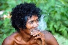 Orang Asli Man Taman Negara Malaysia