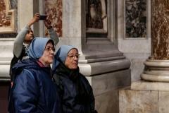 Nuns Saint Peter Square Vatican Rome Italy